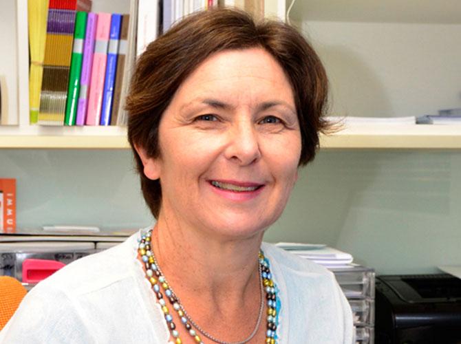 Dr Anita Willaton