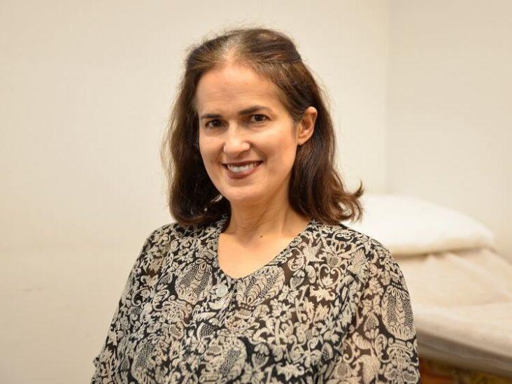 Dr Ana Hernandez